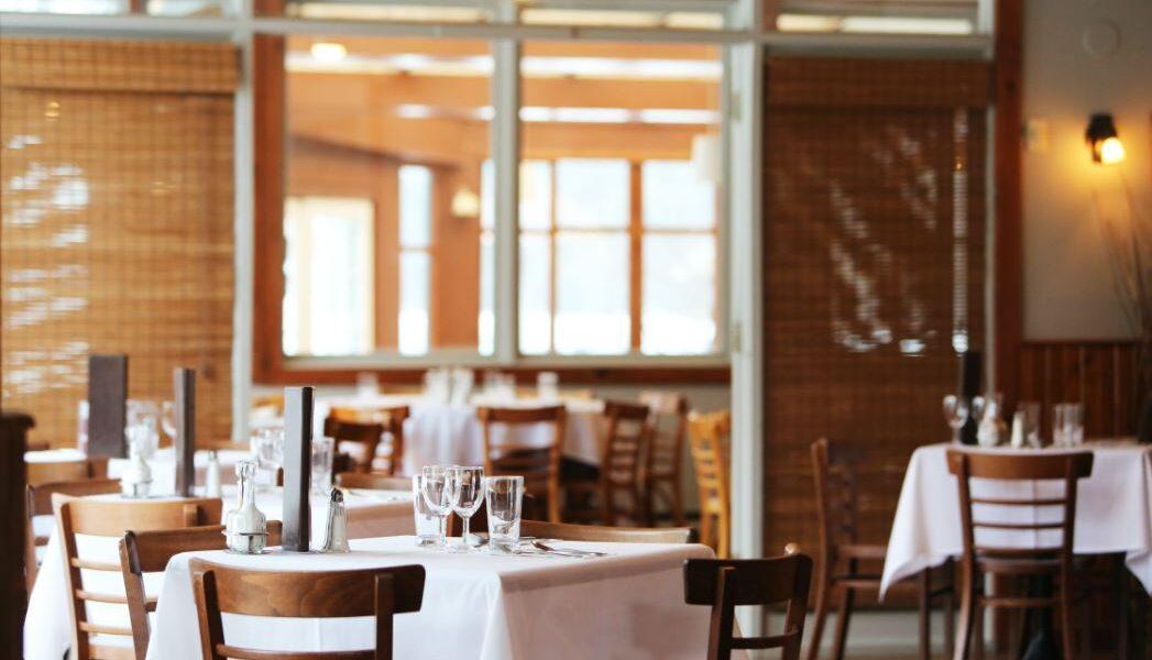 Moderne Einrichtung einer Gastronomie